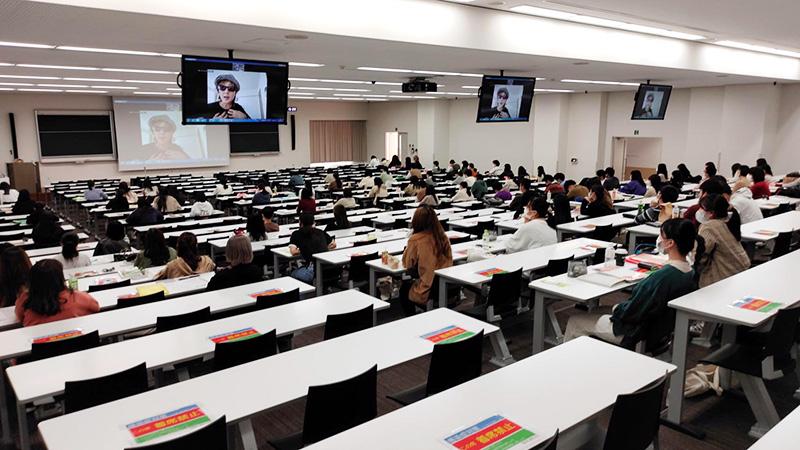 帝京大学にて特別講義